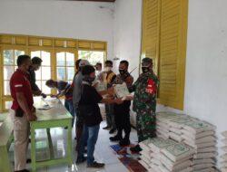 Puluhan Pedagang Di Limpung Dapat Bantuan Beras