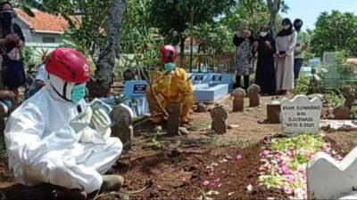 Ustaz Yasir, Pengajar TPQ yang Makamkan Ratusan Jenazah Korban Covid-19