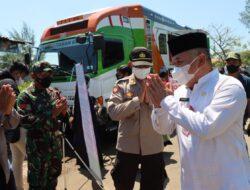 Food Truck ACT Bagikan 500 Porsi Makanan Gratis